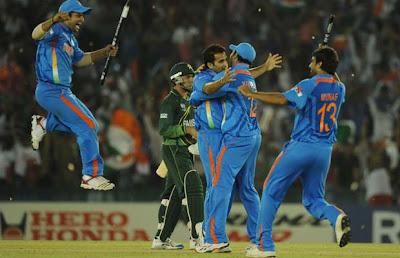 Zaheer celebrate Misbah's wicket