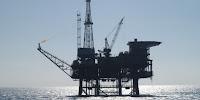 Oil platform (Image Credit: Berardo62 via Flickr) Click to Enlarge.