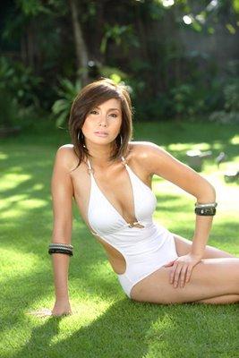 mariel rodriguez sexy bikini photos 02