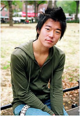 Aaron Yoo hairstyles