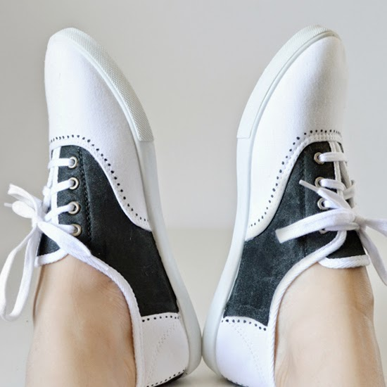 DIY Sharpie Saddle Shoes by Dream a Little Bigger - tons of cool Sharpie crafts!