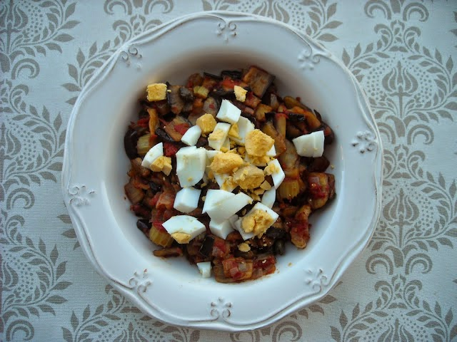 Caponata, Mediterranean Diet, Sicilian recipe, Sicilian sweet and sour salad with eggplant, South Italy Diet,