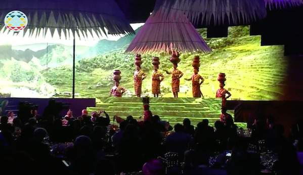 Image: Highlights of APEC 2015 Welcome Dinner Cultural Performance
