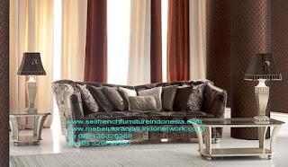 Sofa ukir jepara Jual furniture mebel jepara sofa tamu klasik sofa tamu jati sofa tamu antik sofa tamu jepara sofa tamu cat duco jepara mebel jati ukir jepara code SFTM-22002 SOFA TAMU KLASIK HIGH CLASS