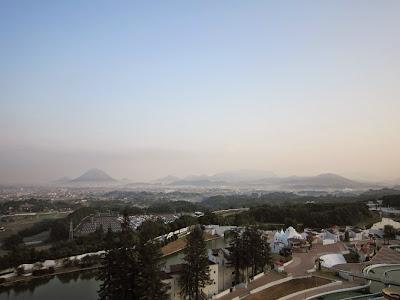 香川県・『ホテルレオマの森』から眺める美しい景色(讃岐富士)