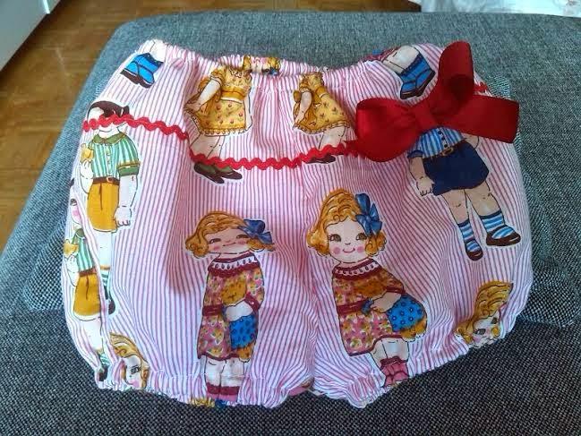 pantalon de niña bombacho con tela de muñecas
