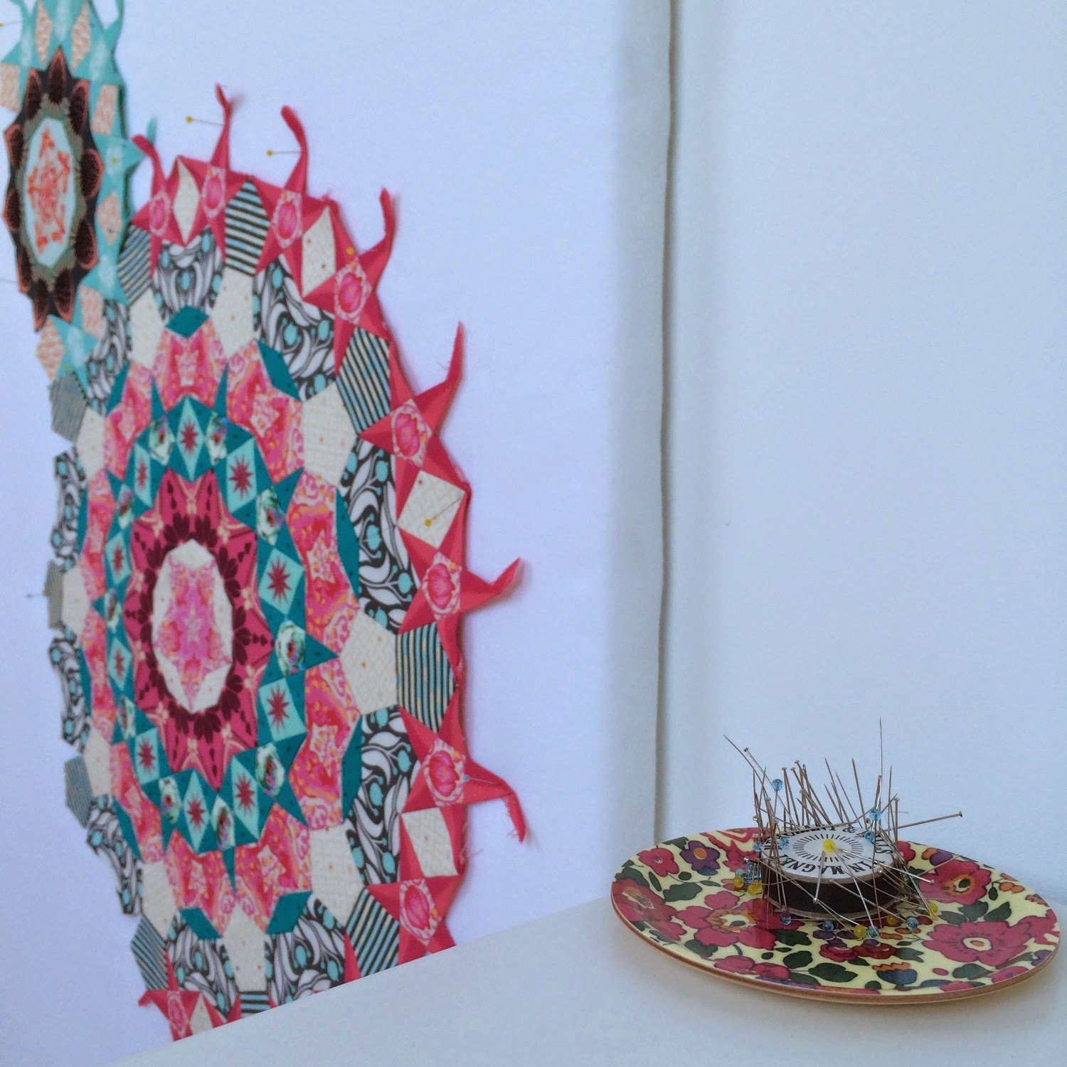 Design Wall Quilts Retractable : Flossie teacakes a quilt design wall