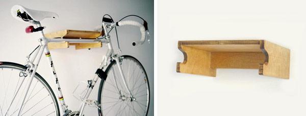 Complemento de madera para colgar tu bicicleta urbana. Integra tu bicicleta en casa con el Hokoj.