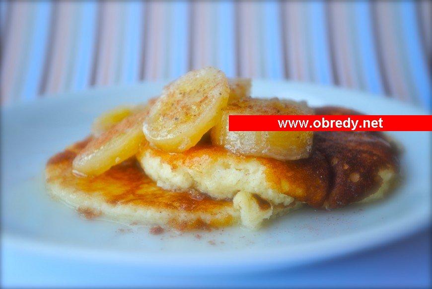 Omelete de banana com leite condensado