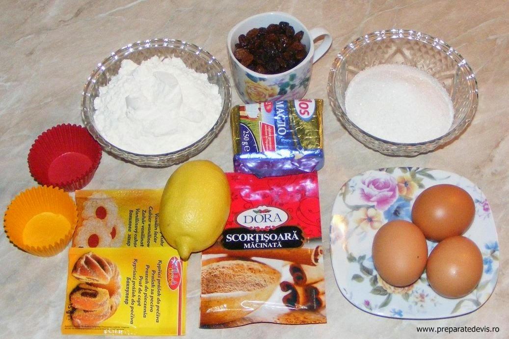 retete si preparate culinare ingrediente pentru madlene sau briose cu stafide si scortisoara de casa