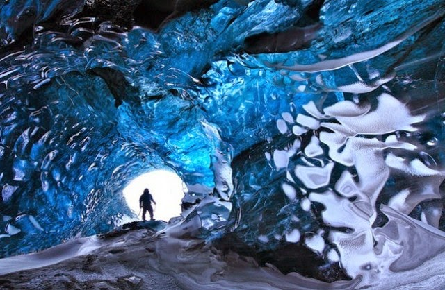 Cristal Cave, Iceland