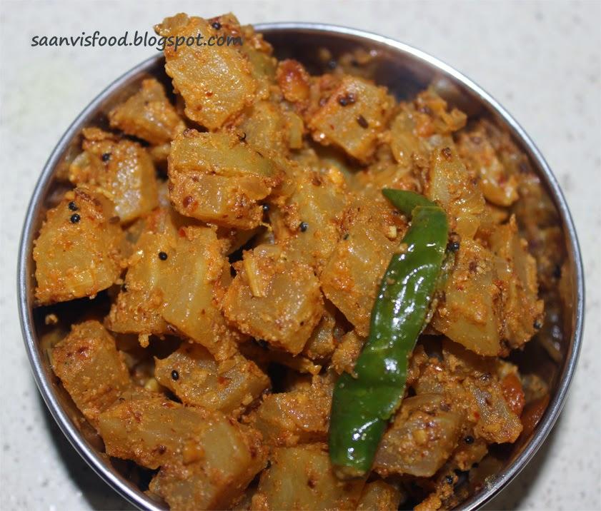 Pachi Boppaya Nuvvula Kura / Raw Papaya Curry with Sesame seed Powder