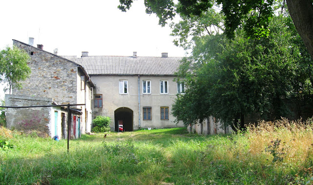 Końskie, budynek Łazienna 7 - widok od podwórza.