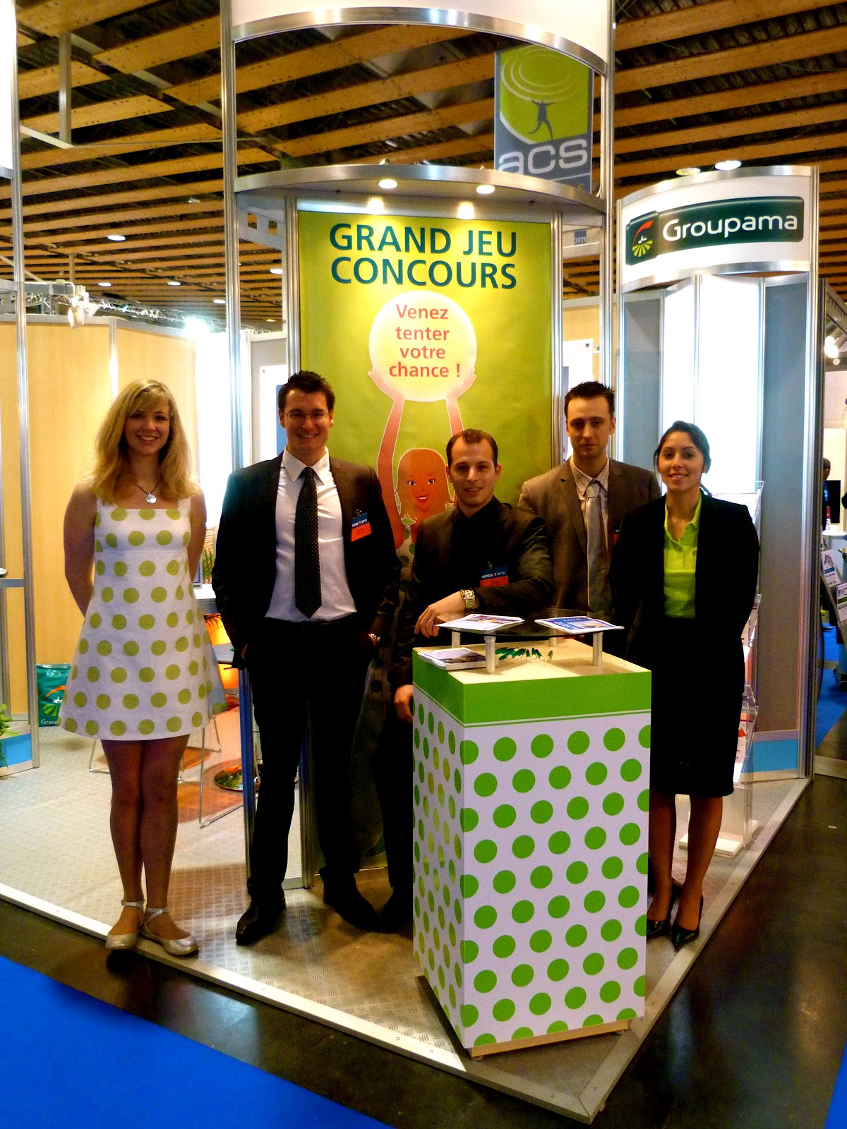 Top action stand groupama au salon nordbat lille grand for Stand lille