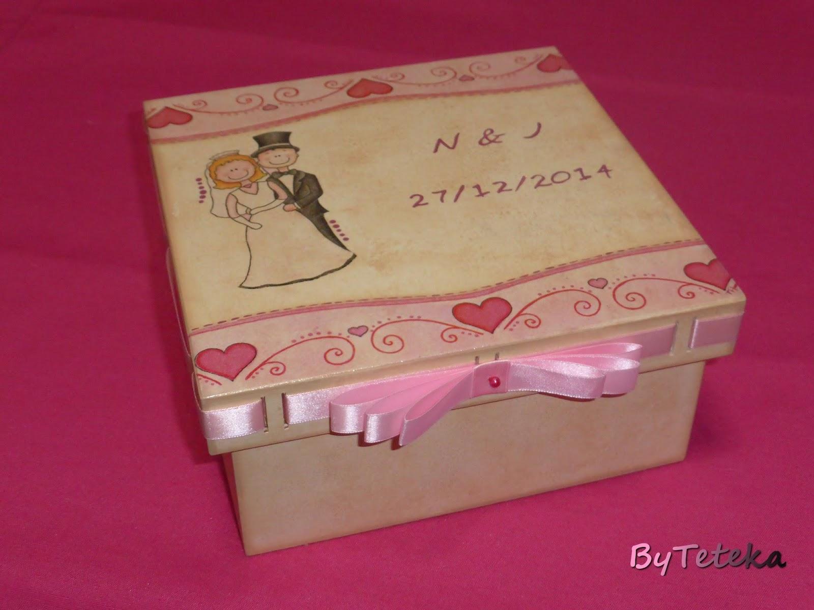 ByTeteka: Caixa de madeira para lembranças de casamento #901E42 1600x1200