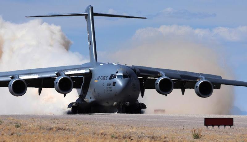 C-17 Globemaster III USAF Cargo Aircraft
