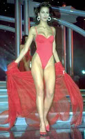 zeynep-tokus-miss-turkey-1998-swimsuit-bikini-photos