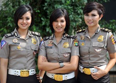 4 Polwan Paling Cantik Di Indonesia [ www.BlogApaAja.com ]