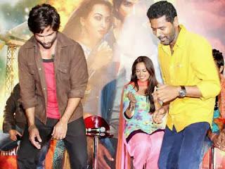 R...Rajkumar's Dance Moves