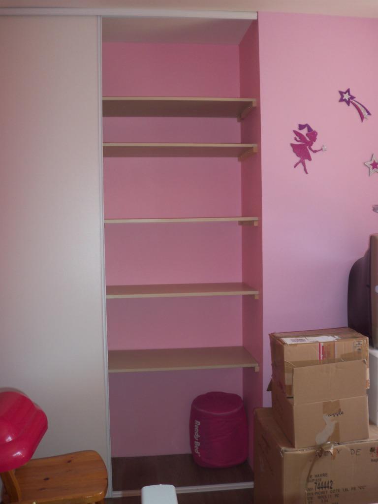 Notre construction 76 peinture cuisine et placard chambre for Peinture placard cuisine