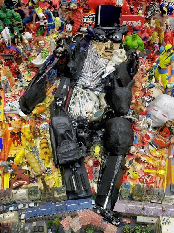 13-Bernard-Pras-Art-in-Sculpture-Point-of-View-www-designstack-co