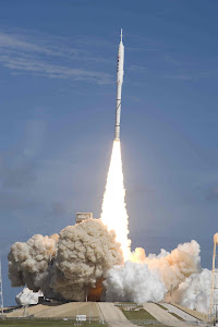 ARES I-X TEST ROCKET SOARS