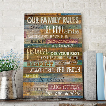 "FAMILY OVER EVERYTHING: ""OUR FAMILY RULES"" SIGN"