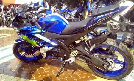 Gambar Yamaha R15 MotoGP Version