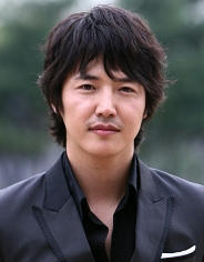 Biodata Yoon Sang Hyun pemeran Cha Kwan Woo