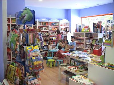 cuentacuentos en la librería iuvenis