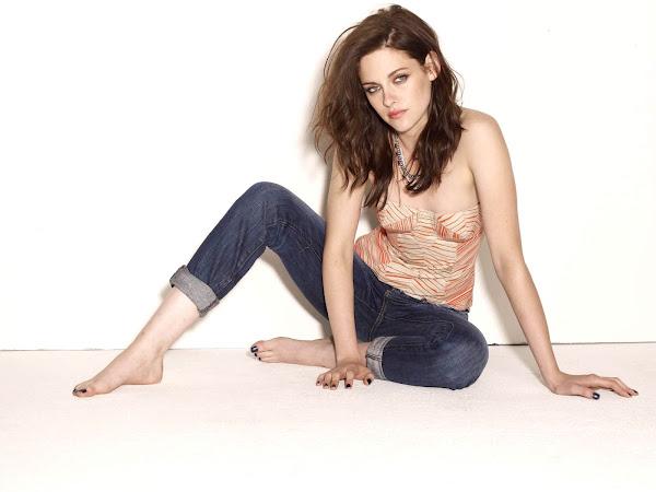 Kristen Stewart Feet Education Apps