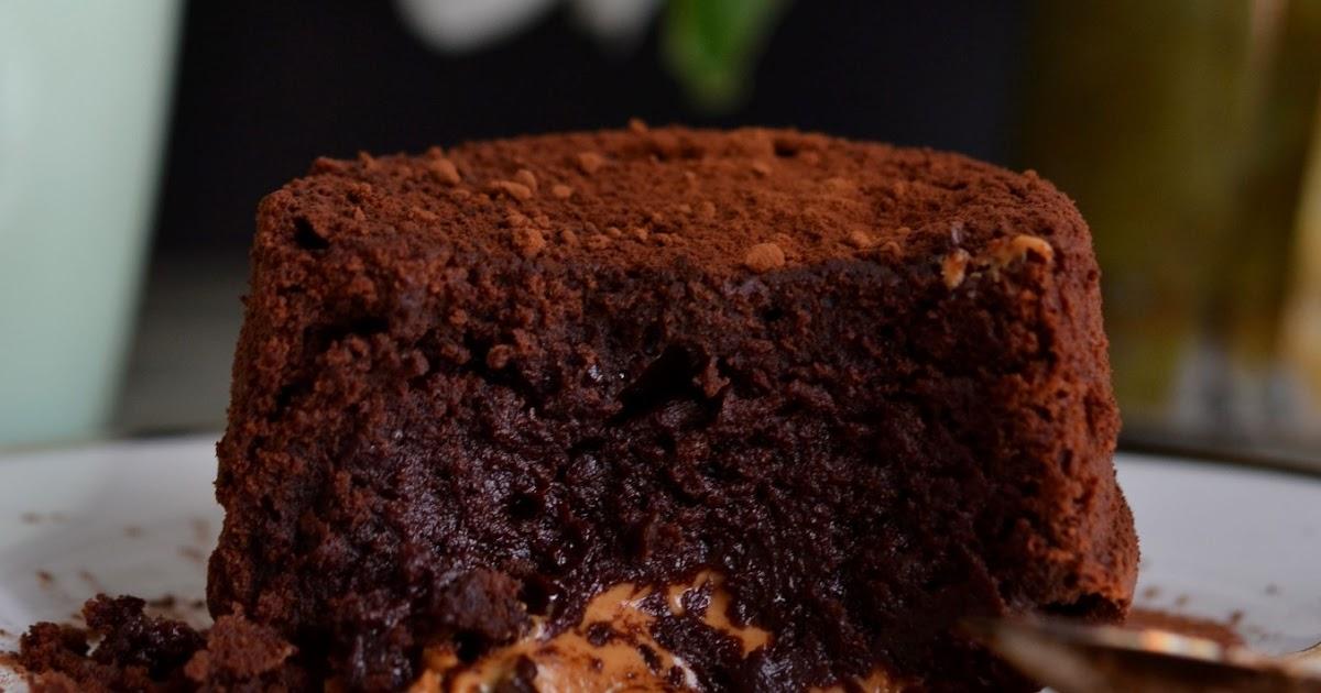 Donna Hay Chocolate Peanut Butter Molten Cake