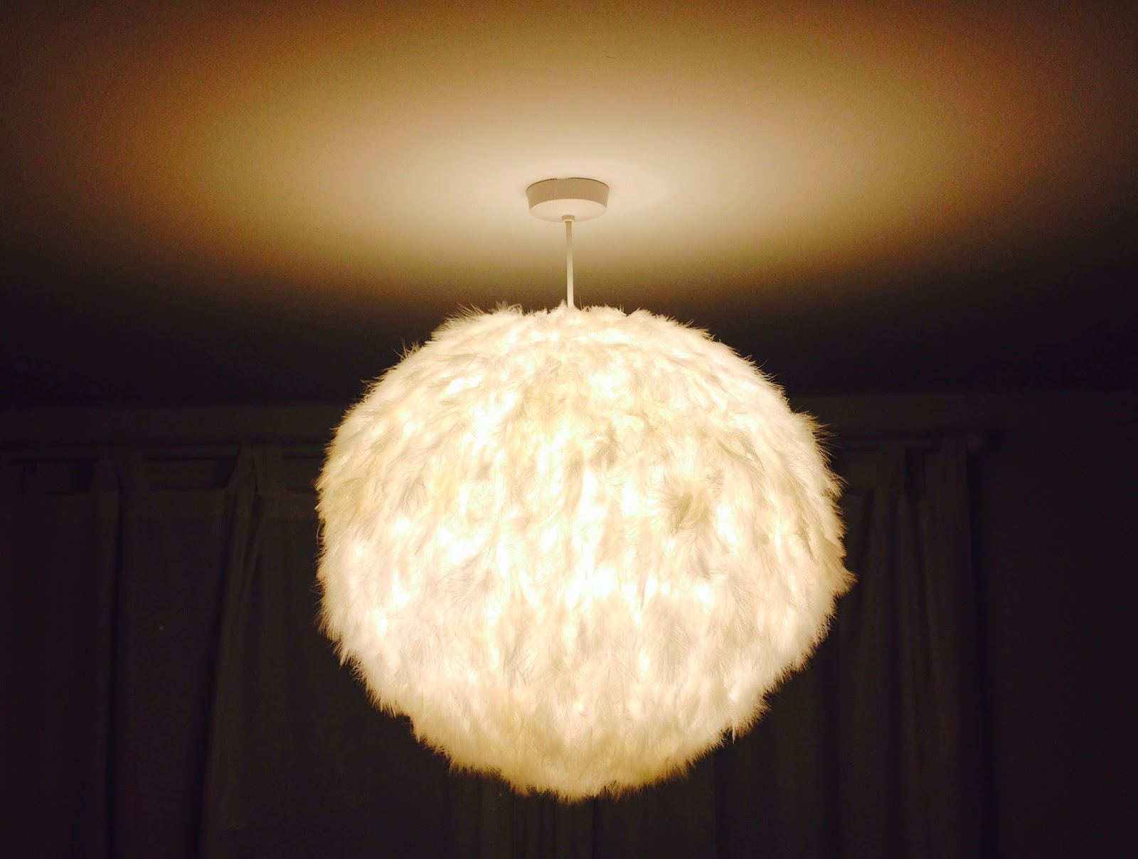 DIY How to make a White Feather Lampshade Emily May