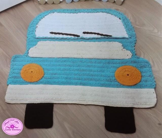 Tapete Infantil de Croche em Formato de Carro e Campo de