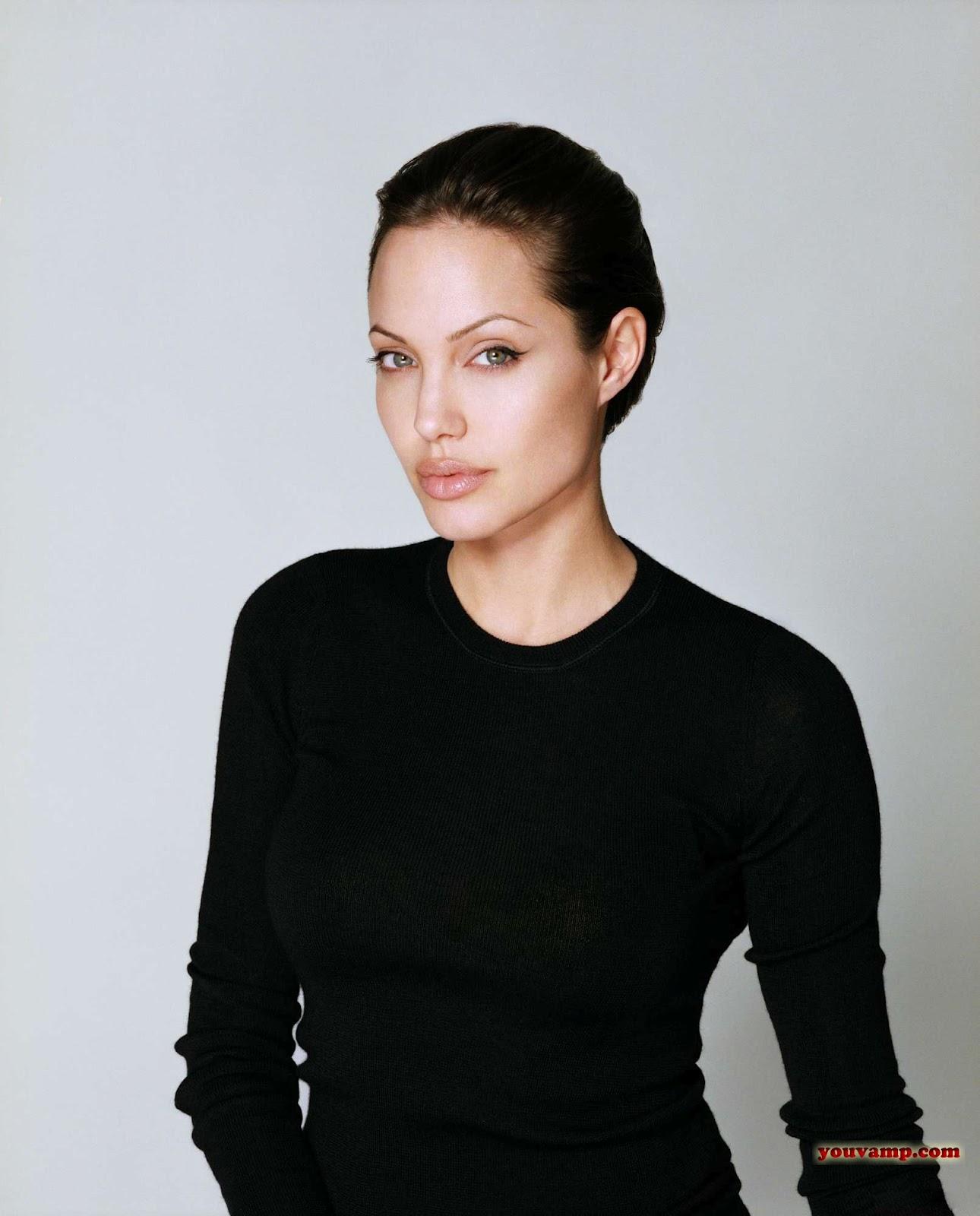 http://3.bp.blogspot.com/-NJkFD5Yahbc/T14xfKoF1JI/AAAAAAAABdo/XxT58Nl_3QI/s1600/Angelina+Jolie+YouVamp+32.jpg