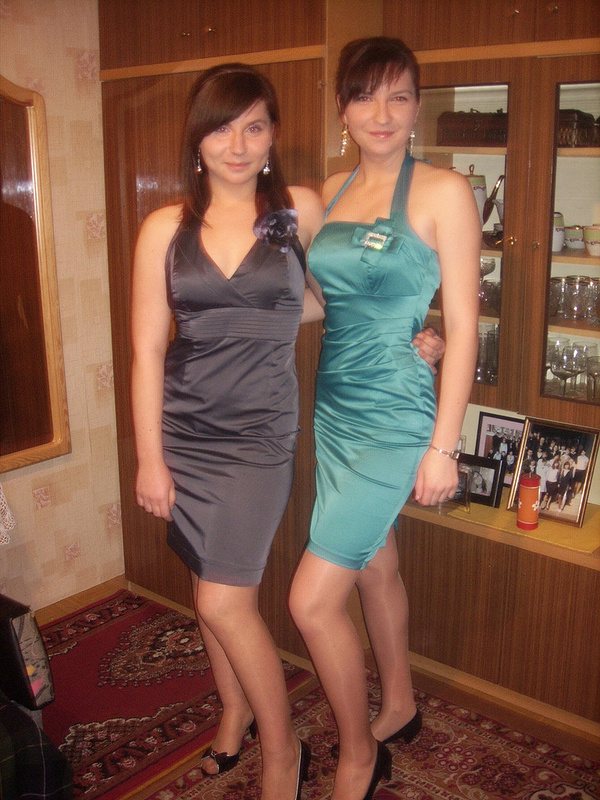 Crossdressers who love pantyhose and heels | Flickr