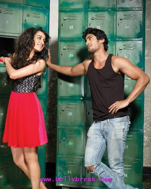 Shraddha Kapoor in red skirt - Shraddha Kapoor in locker room with Prateik Babbar