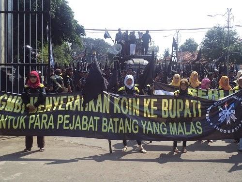 GNBI: Pejabat-Pejabat Pemkab Batang Malas