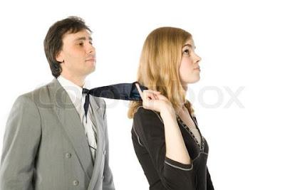 كيف تجعلين حبيبك او زوجك رجل مطيع ومنصت لكى - man obey woman