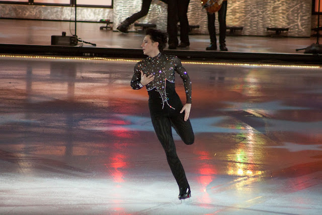 Johnny Weir. Photo © Paula Hughes @ Binky's Johnny Weir Blog.