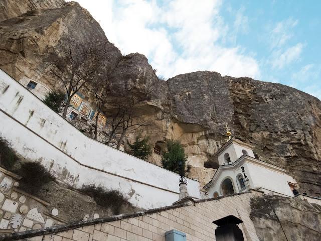 Свято-Успенский мужской монастырь в Крыму
