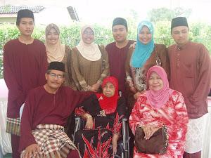 Bersama Keluarga Tercinta