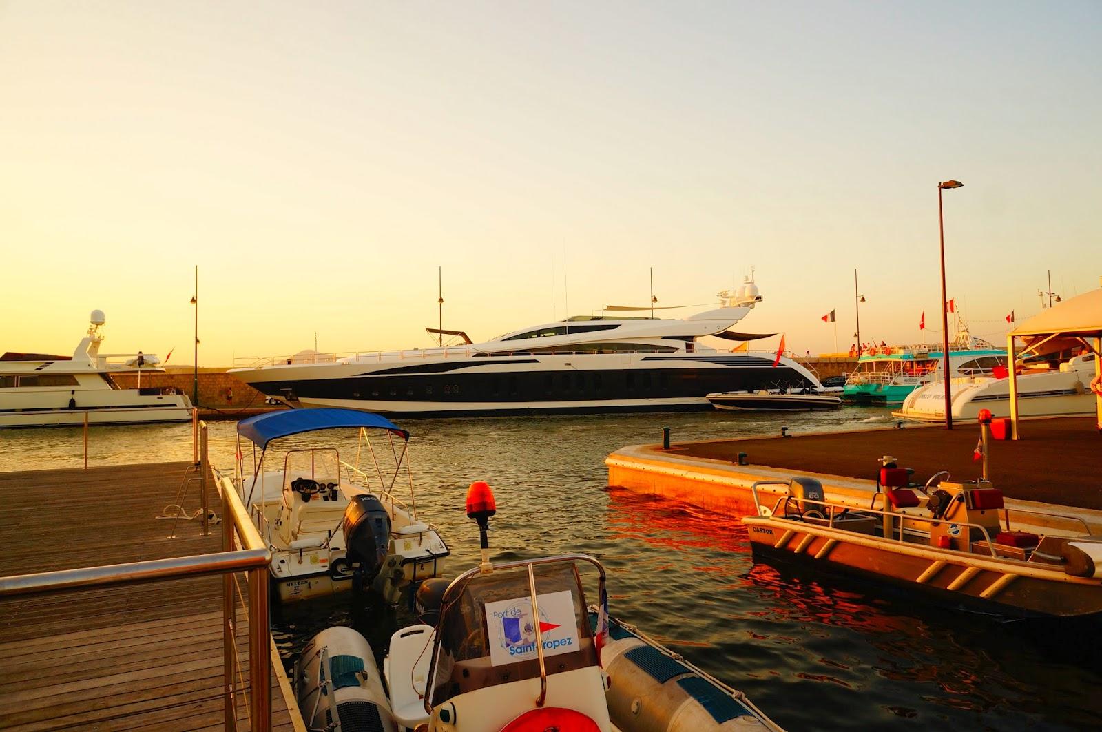 Яхта в Сен Тропе
