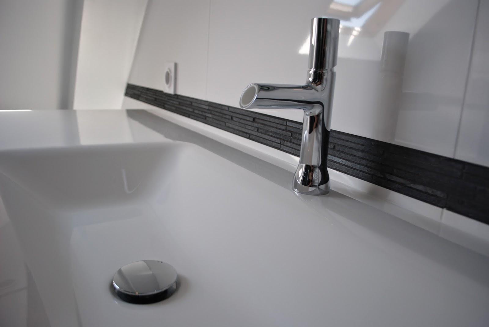 #60626B CREATION DE SALLES DE BAINS DOUCHE A L' ITALIENNE ET  2743 petite salle de bain haut de gamme 1600x1071 px @ aertt.com