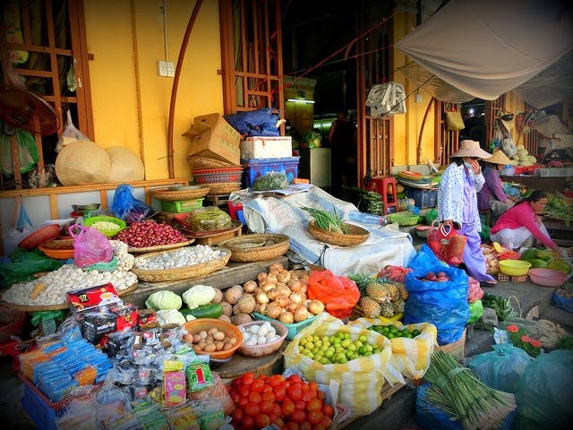 http://sharingvietnamtravelexperiences.blogspot.com/2015/01/why-you-need-to-visit-vietnam.html