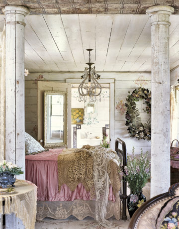 Bedroom on Heart Shabby Chic  Distressed Vintage Bedroom Inspiration