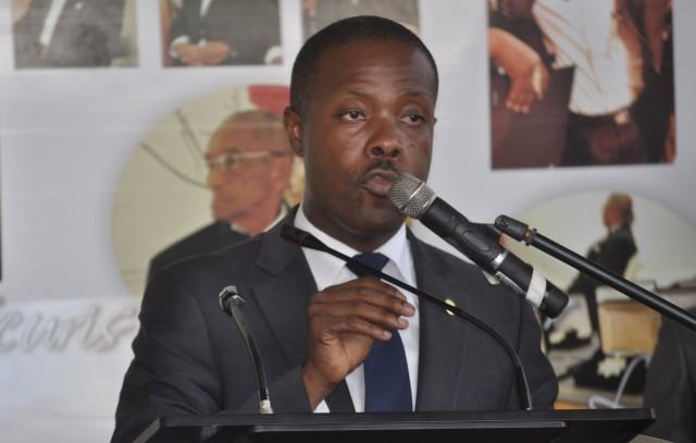 Les élections au barreau de Port-au-Prince renvoyées, l'ordre égratigne le chef de l'État