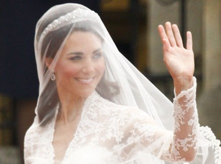 kate middleton wedding gown image. kate middleton wedding gown