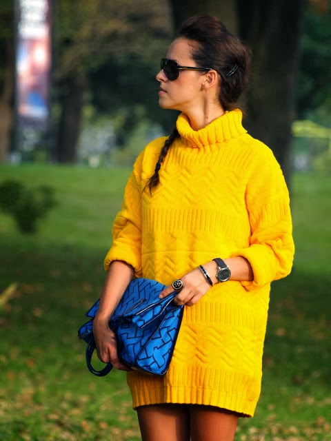 Cute yellow over-sized sweater fashion trend