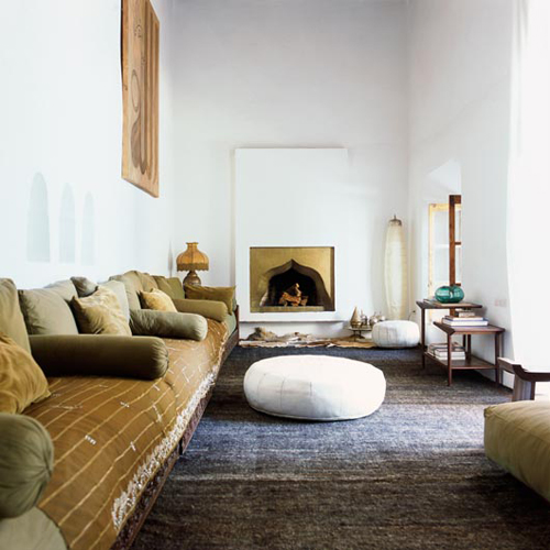 Moon to moon moroccan interiors riad charai - Moroccan living room ideas ...